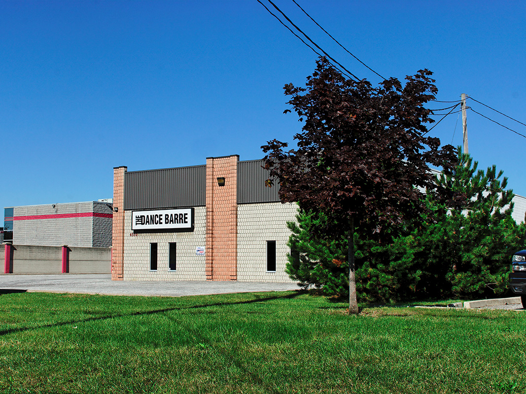 Rhodes Office Complex – 4530 Rhodes Drive